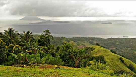 Mount Tumpa Scenery