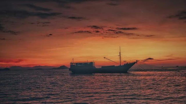 How to get to Labuan Bajo