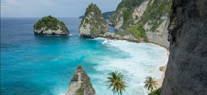 Diamond Beach is A Hidden Paradise in Nusa Penida