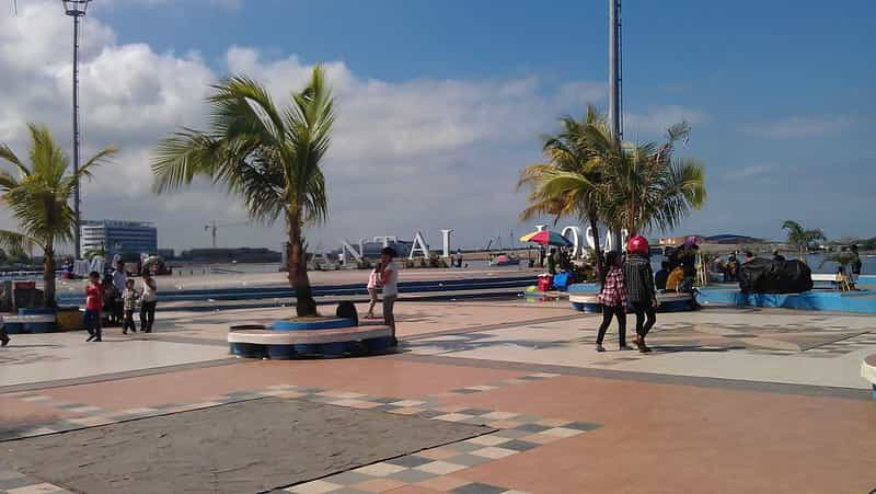 Loasi Beach